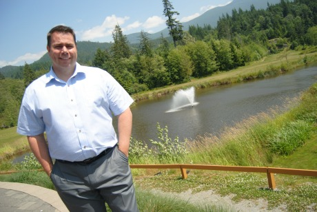 Doug Day Signs Lease with Squamish Executive Inn and Living Room ...