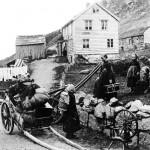 Family leaving for America, Western Norway 1890_Norsk Folkemuseum